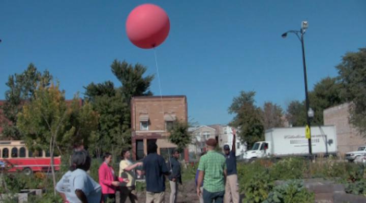 Sending up the balloon rig!